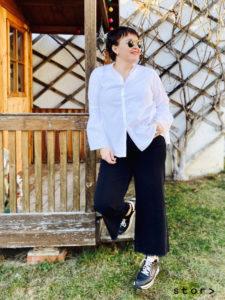 Plus Size Mode aus Wien in Größe 44: Hier finden Sie coole Blusen in Übergrößen für Frauen.