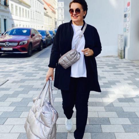 Coole Outfits in großen Größen finden sie in Wien Josefstadt bei stor>.